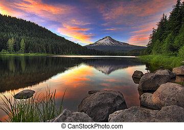 Sunset at Trillium Lake with Mount Hood in Oregon