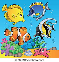 Underwater animals and fishes 2 - vector illustration.
